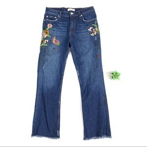 Zara Floral Embroidered Cropped Frayed Jeans sz 2